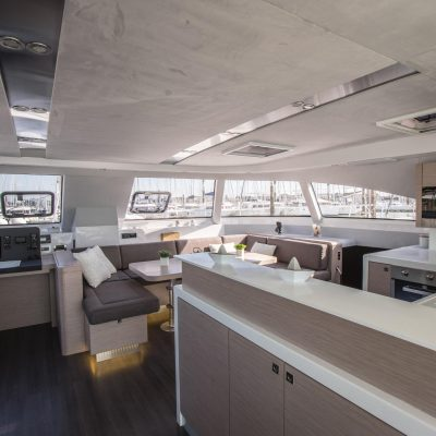 Nautitech 541 Interior