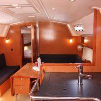 Bavaria 36 Cruiser Interior