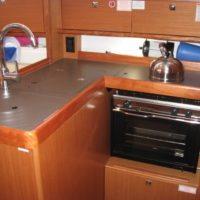 Bavaria Cruiser 34 Interior