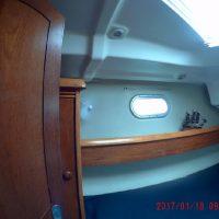 Jeanneau 43DS Interior