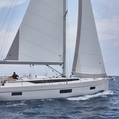 2019 Bavaria Cruiser 50 Exterior