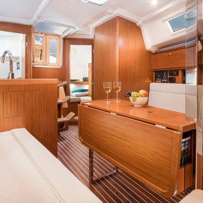 2019 Bavaria Cruiser 34 Interior