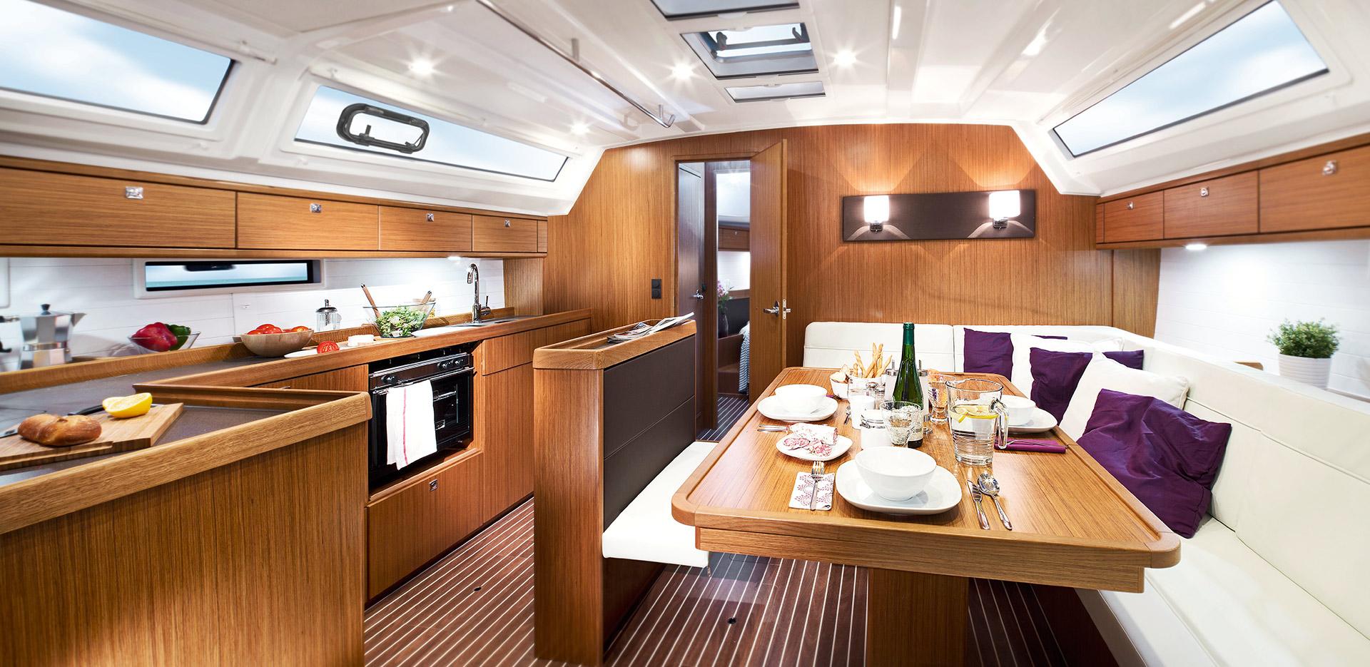 Bavaria Cruiser 46 Inside