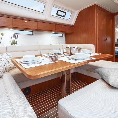 Bavaria Cruiser 51 Interior