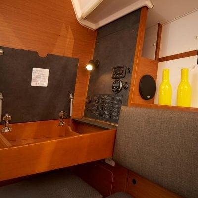 SO349 HQ - Interior 2