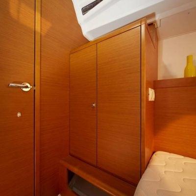 SO349 HQ - Interior 4