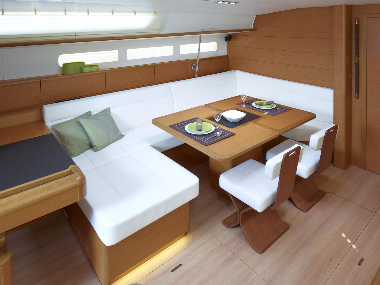 SO519 HQ - Interior 8