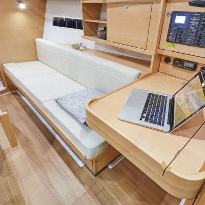 Sun Odyssey 319 Interior