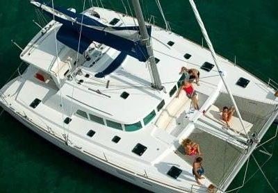 45 Lagoon 440 Catamaran Exterior